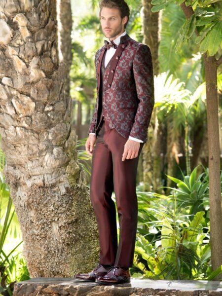 traje de novio enzo romano semilevita de tejido floral