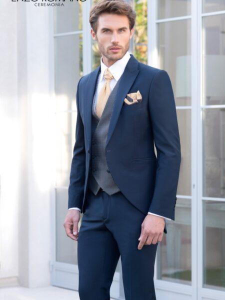 traje de novio en corte semi chaqué modelo 15-517 de Enzo Romano