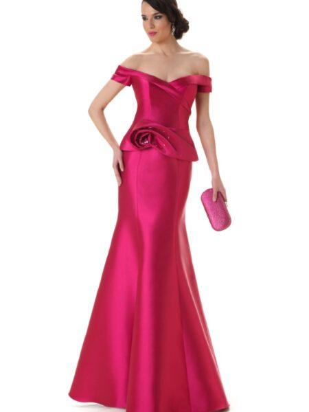 Vestido de fiesta largo en mikado de seda ideal para hermanas del novio o novia de la firma Carmen Cara