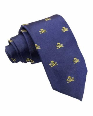 ‼️COLECCIÓN CORBATAS PUREZA‼️ ⭐️Combina tu traje Pureza con esta juvenil y preciosa corbata, 📣MAS DISPONIBLES EN LA WEB. Corbata 100% seda artificial azul marino con dibujo calaveras. Corbata con dibujo calavera. Largo: 150 cm Ancho Pala: 8 cm #modapureza #corbatasparatraje #corbatasjuveniles #corbatacalaveras #corbatas #corbataspureza #combinarutraje #vistedepureza #shopping #style #moda #españa #andalucia #jaen #jodar