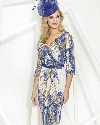 ‼️NUEVO VESTIDO DE FIESTA EXCLUSIVO‼️ 👗 Elegante vestido de fiesta corto ideal para celebraciones de mañana con manga francesa y escote cruzado. #modapureza #yomevistoenpureza #fiesta #bodas #boda #vestidosdefiesta #vestidosexclusivos #wedding #fashion #style #model #moda #vestidoscortos #españa #Andalucia #jaen #jodar