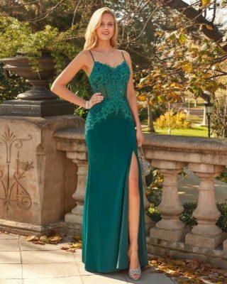 ‼️NUEVO Y EXCLUSIVO VESTIDO LARGO FIESTA‼️ 👗 Vestido de fiesta largo en cuerpo de pedrería fundida con escote tirante fino y raja delantera en la falda. #ModaPureza #YoMeVistoEnPureza #Fiesta #Bodas #Boda #Wedding #VestidosDeFiesta #Exclusivo #Glamour #Elegante #VestidoLargo #Fashion #Style #FashionStyle #ModaFiesta #Moda #Model #Moderno #España #Andalucia #Jaen #jodar