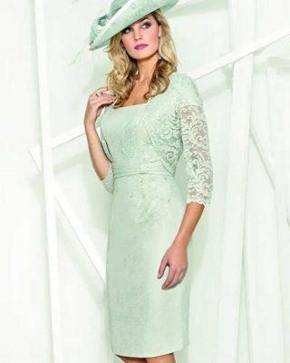 ‼️NUEVO Y EXCLUSIVO VESTIDO DE FIESTA‼️ 👗 Vestido corto de fiesta en tejido con pequeño dibujo en tonos verdes claros y torera compañera en tejido de blonda, muy ideal para madres de comunión o bodas de mañana.#modapureza #yomevistoenpureza #fiesta #bodas #vestidosdefiesta #vestidoscortos #wedding #nuevacoleccionfiesta #fashion #style #model #shopping #moda #exclusivo #españa #Andalucia #jaen #jodar
